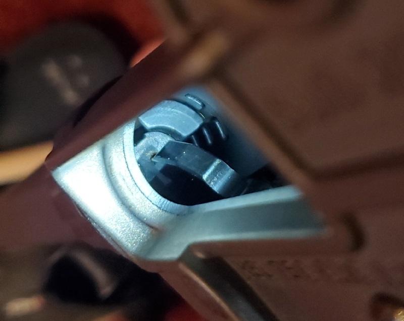 Reassembly problem-sub2000-bolt-hammer-1.jpg